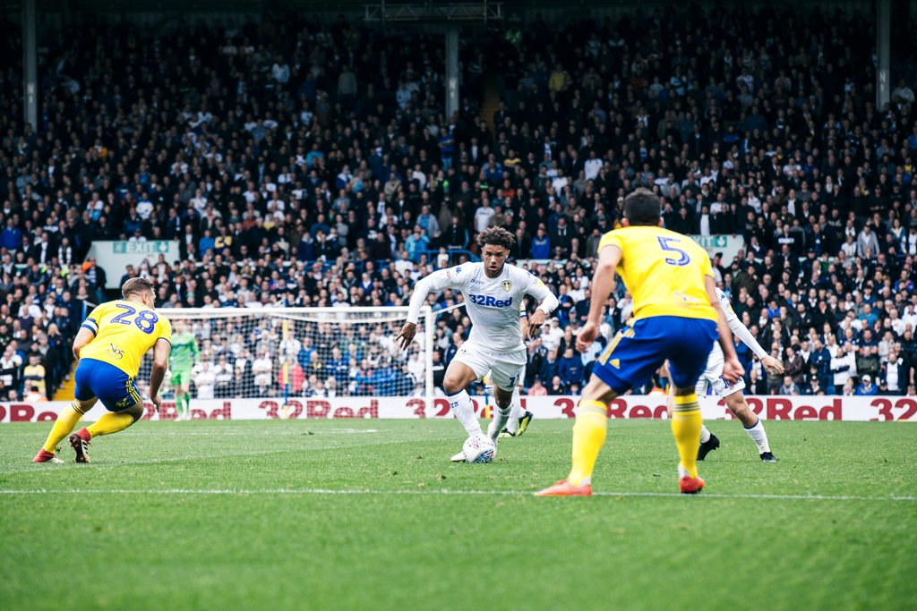 Tyler Roberts Leeds United Lee Brown The Square Ball 02